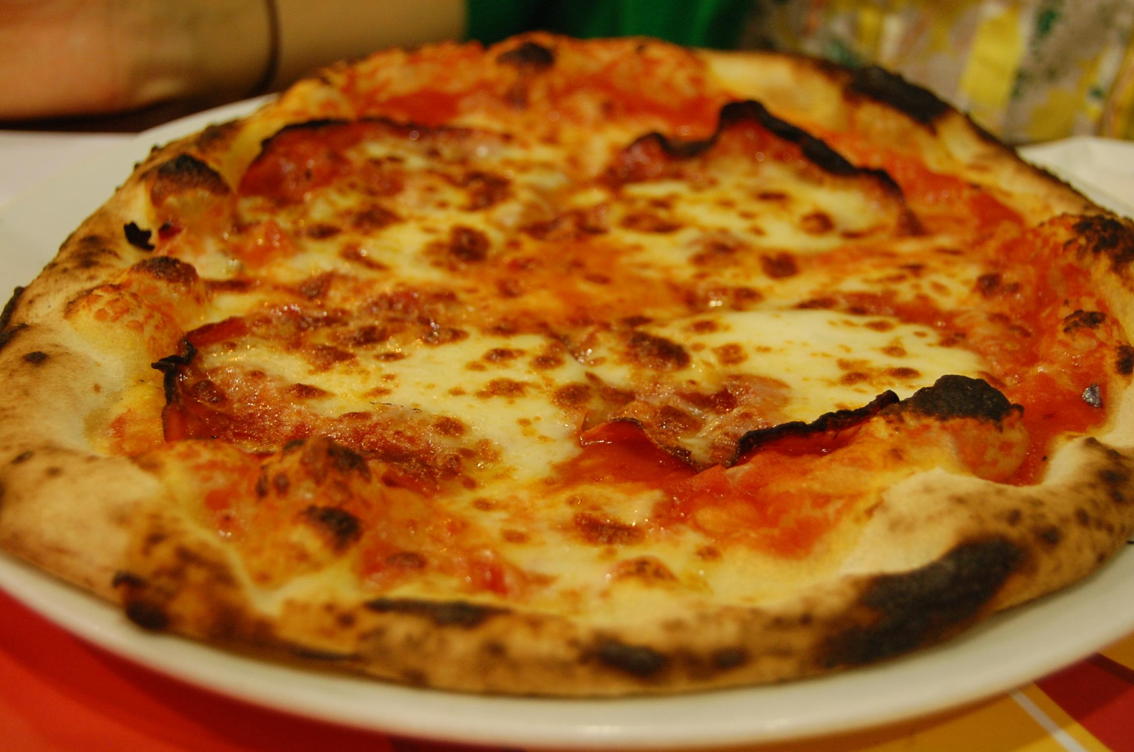 Pizzeria tonda best pizza in rome an american in rome for Pizza pizzeria