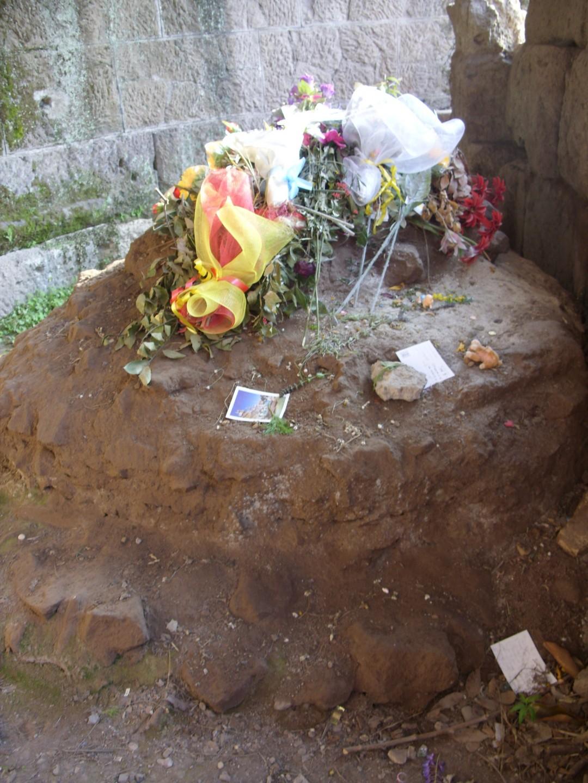 caesar's grave
