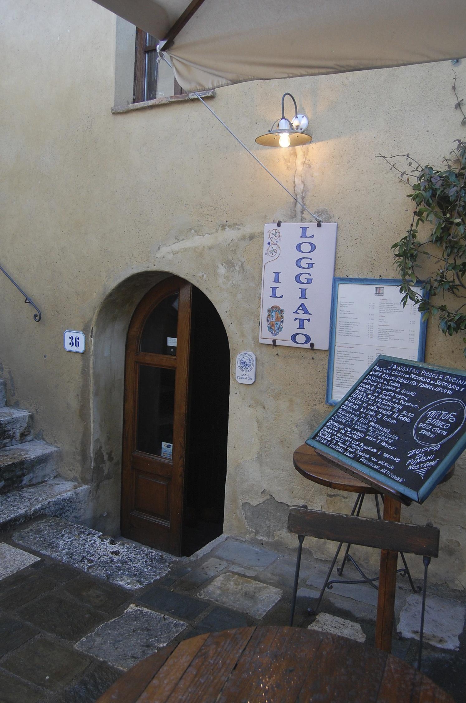 Exploring tuscany bagno vignoni an american in rome - Il loggiato bagno vignoni ...