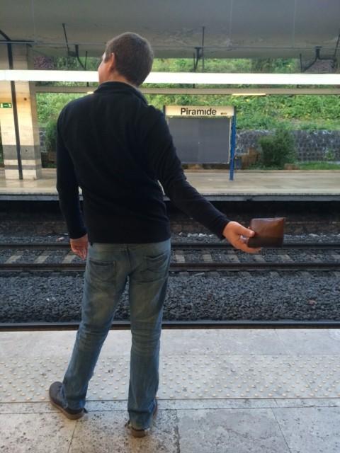 wallet rome metro