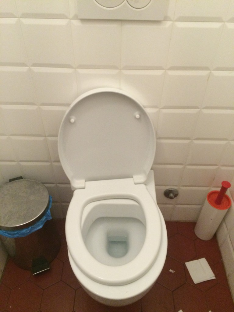 Rome bathroom
