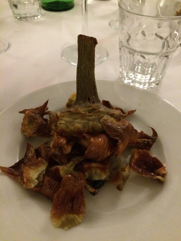 carciofi alla giudia is a kind of fried artichoke served at at Flavio al Velavevodetto