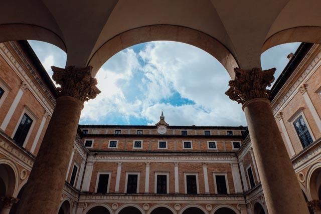 urbino italy architecture