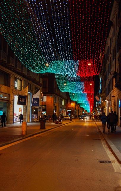 Via del Corso tricolore