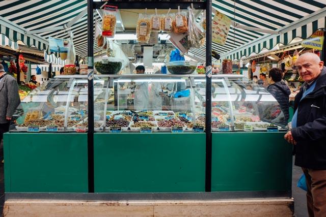 Olives Esquilino Market