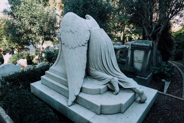 gravestone non-catholic cemetery