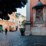 trastevere street showing the architecture which makes trastere where to stay in Rome