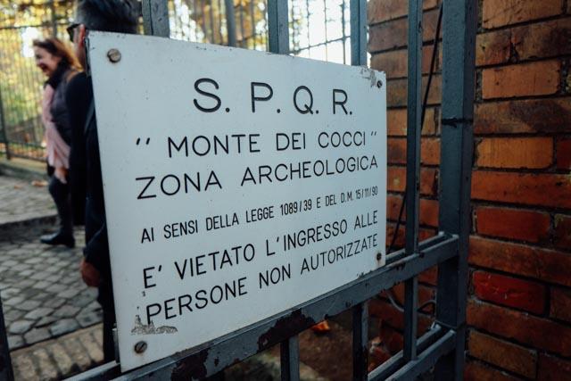 Sign Monte Testaccio