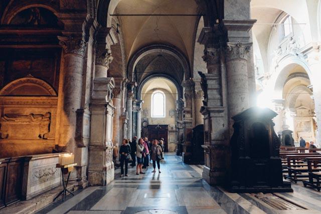 Piazza del Popolo church