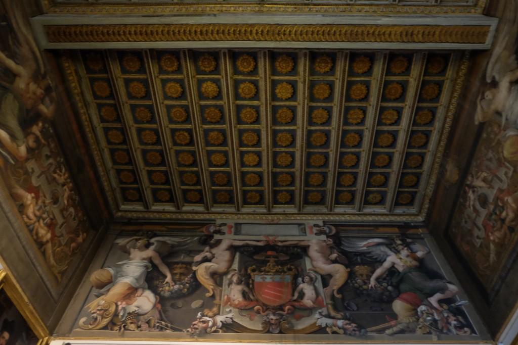Galleria Spada ceiling
