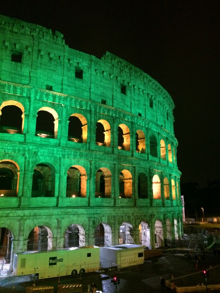 Lighting colosseum different colors