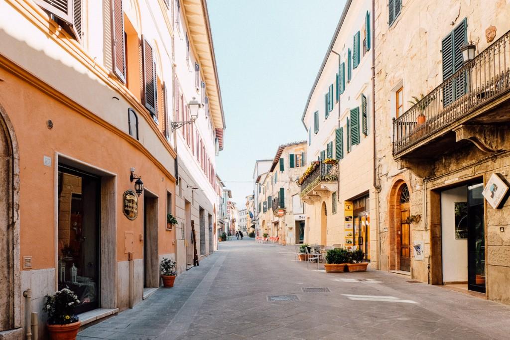 asciano tuscany