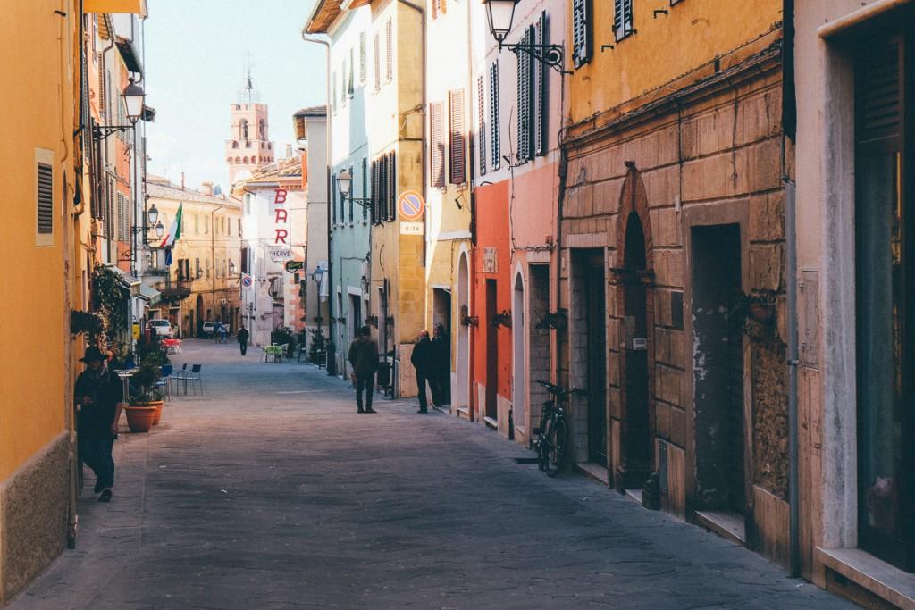 asciano italy streets of Tuscany