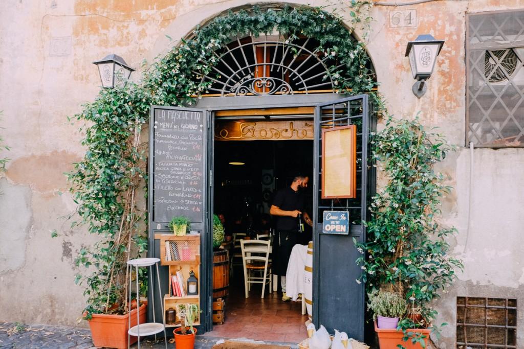 La Fiaschetta Restaurant Near Campo De Fiori An American