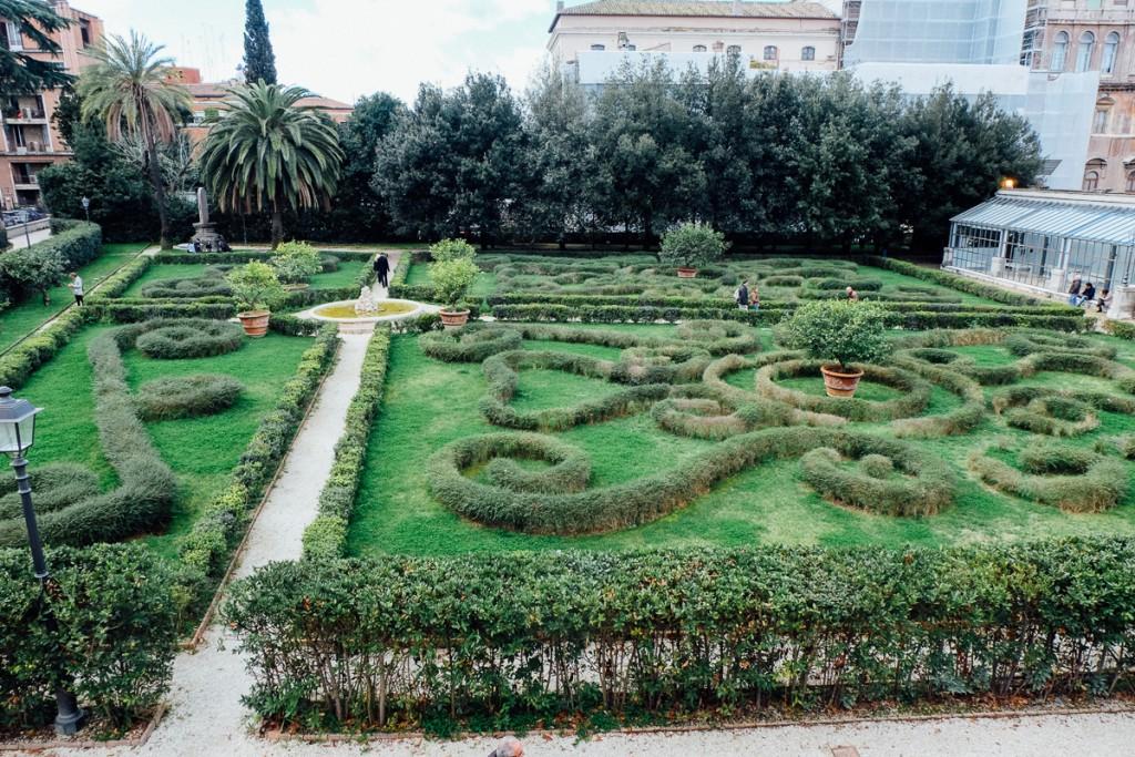 garden at palazzo barberini