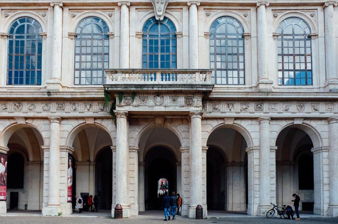 palazzo barberini facade