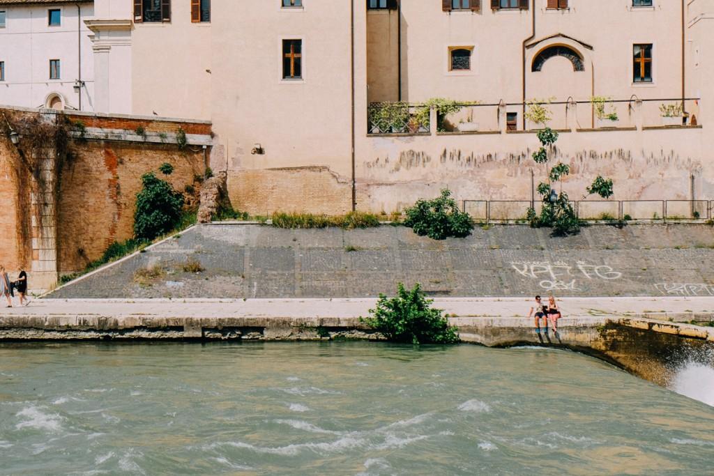rome tiber river in Summer