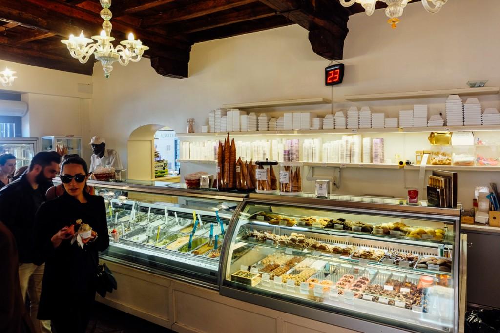 gelateria del teatro rome