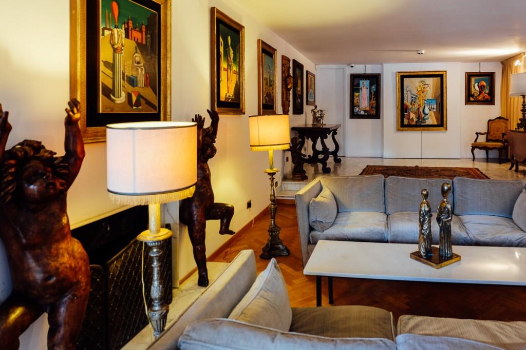 De Chirico apartment in Rome