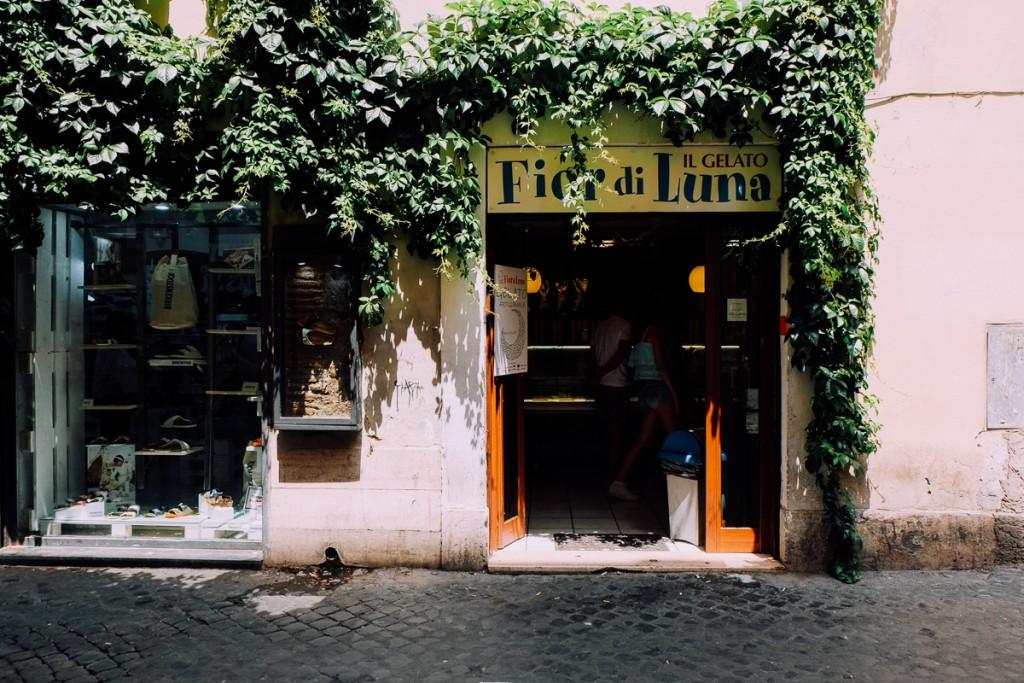 Fior di Luna Gelato in Rome's Trastevere neighborhood