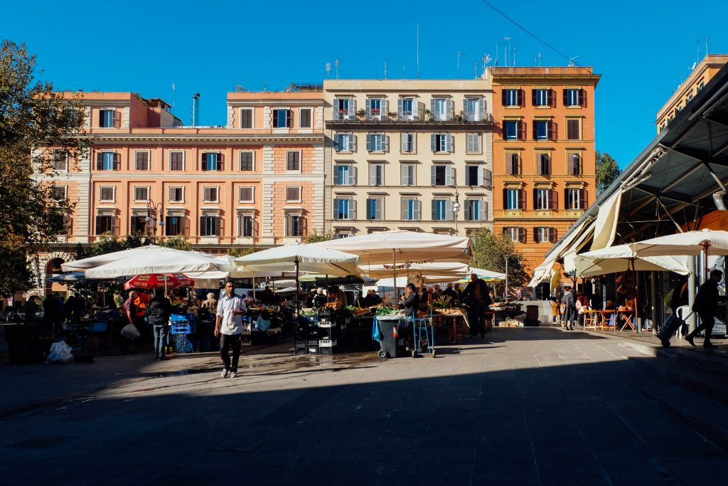 mercato San Cosimato in Trastevere