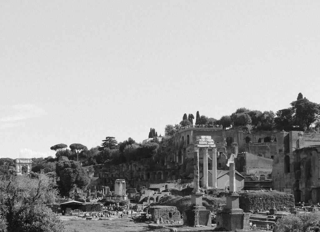 roman-forum-black-and-white-2