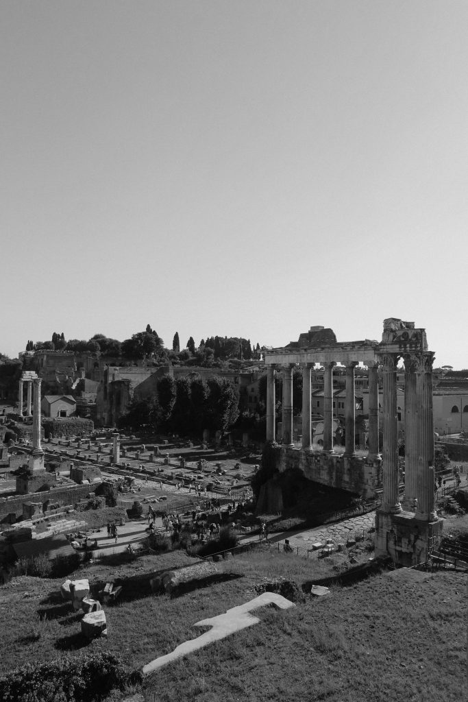 roman-forum-black-and-white-4