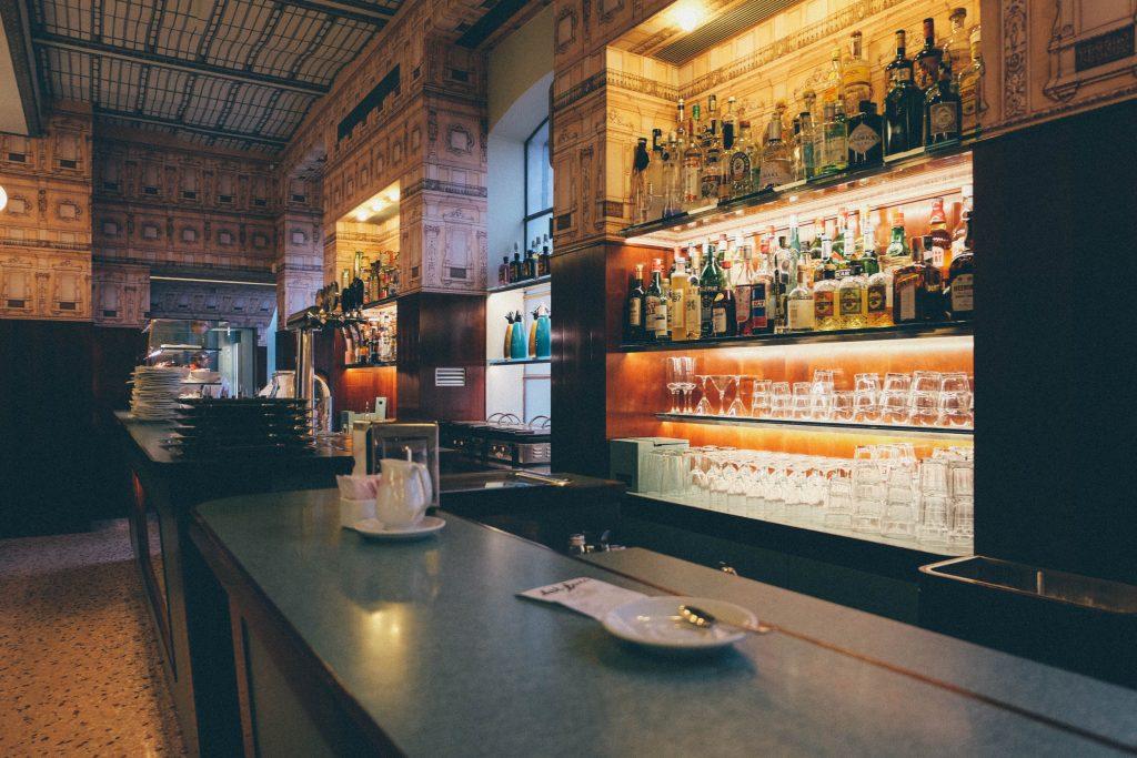 bar-luce-milano