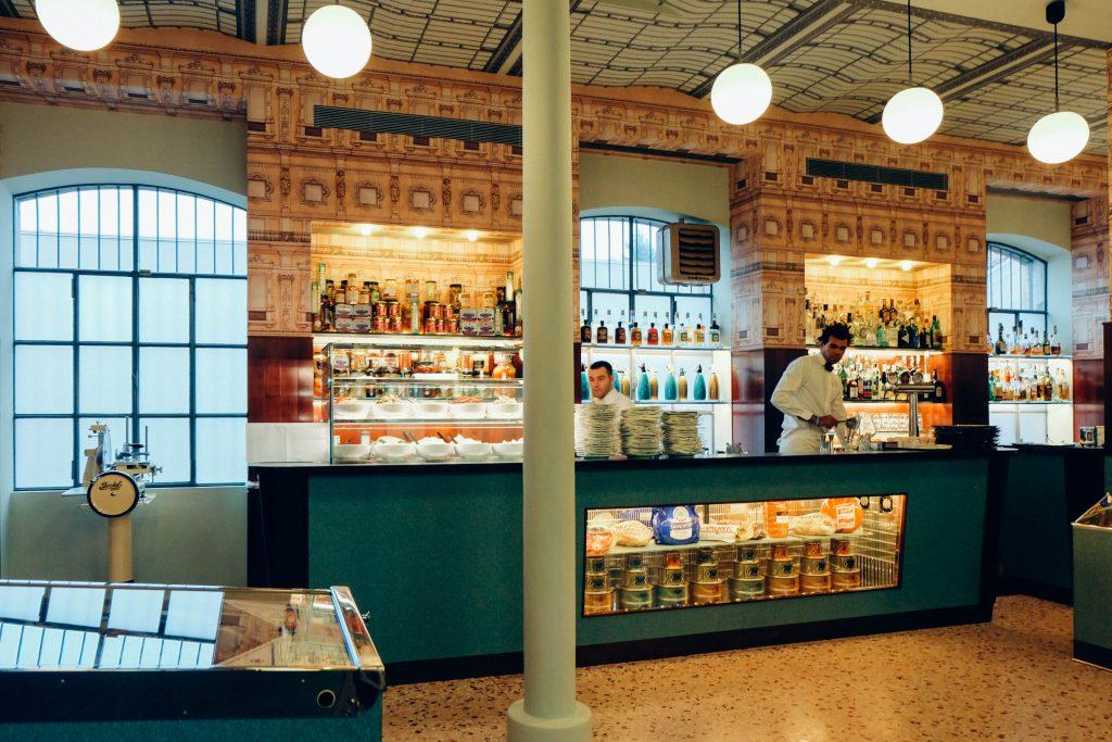 Bar Luce Prada Museum