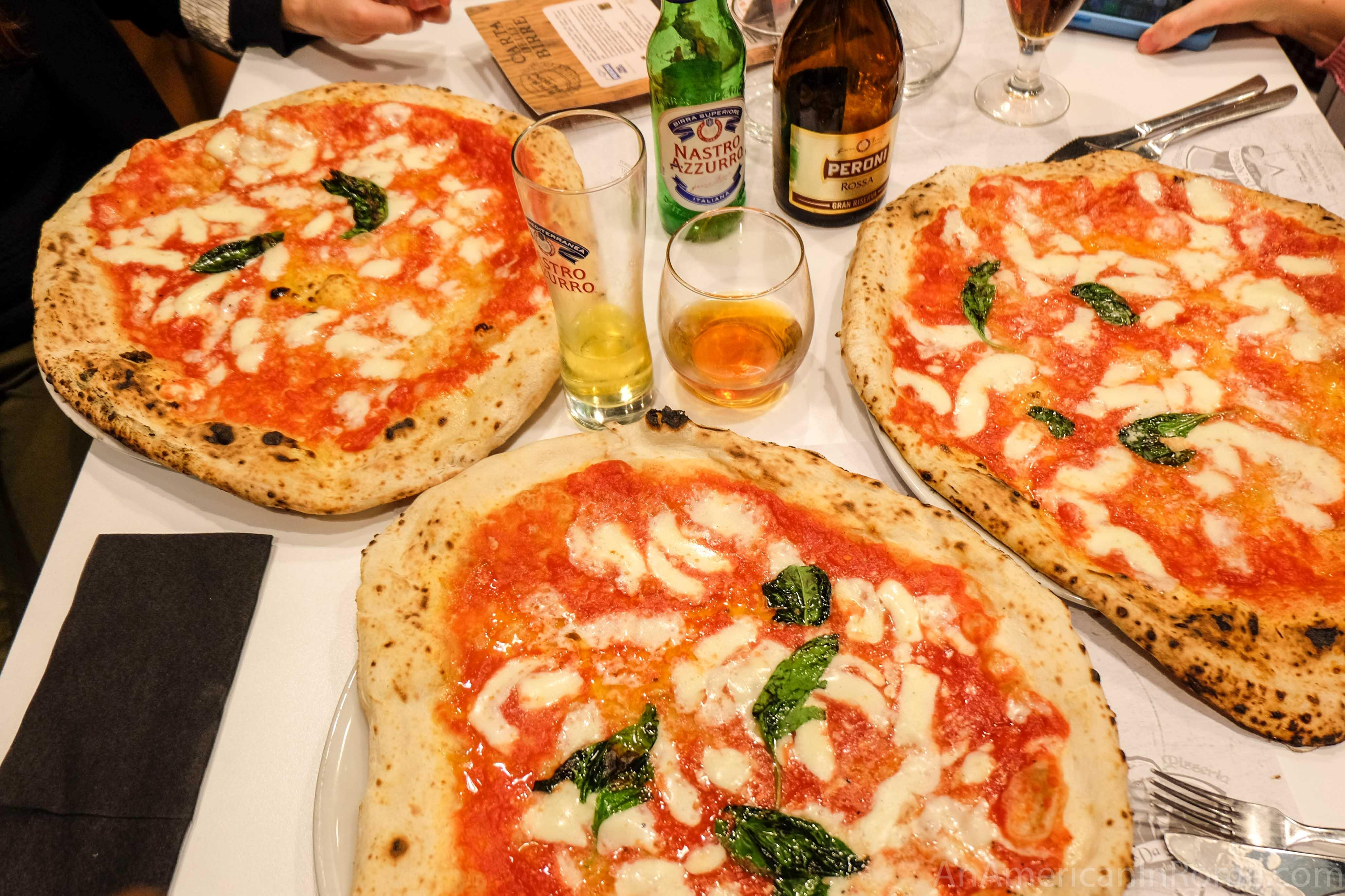 da michele rome neapolitan pizza comes to the eternal city an american in rome. Black Bedroom Furniture Sets. Home Design Ideas