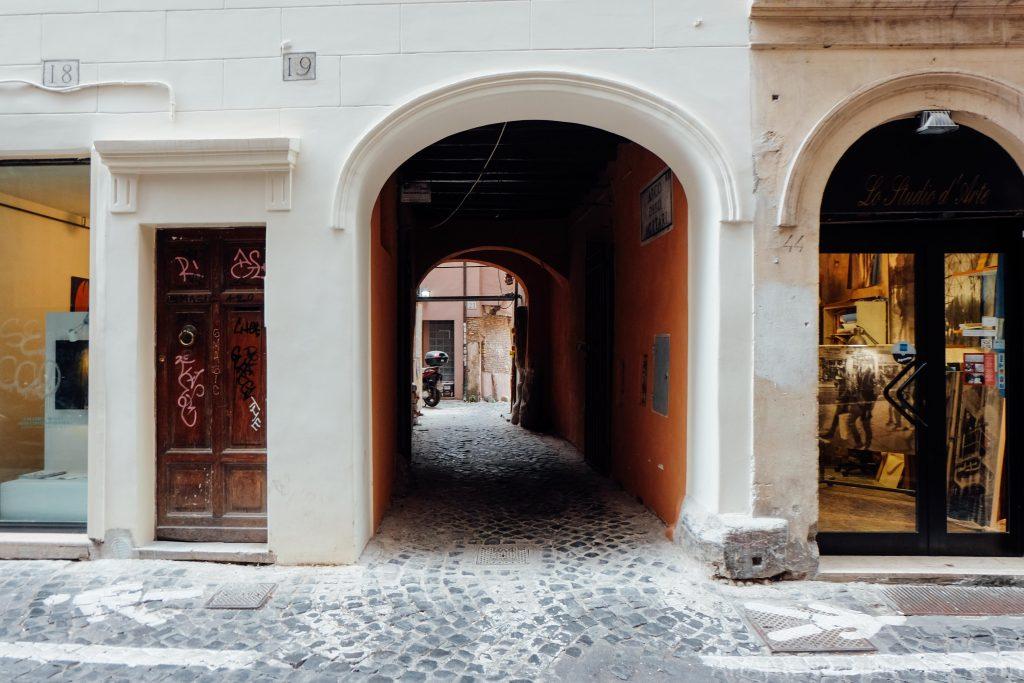 Arco degli Acetari - The Hidden Vinegar Maker's Arch in ...
