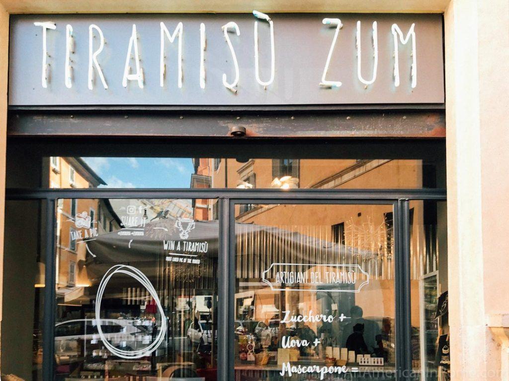 The outside of ZUM Tiramisu shop in Rome