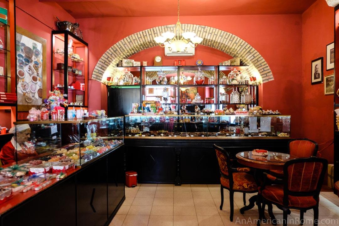 Moriondo e Gariglio red interior of chocolate shop