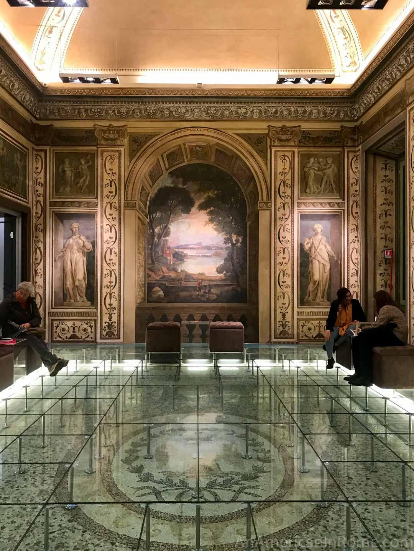 Palazzo Bonaparte in Rome