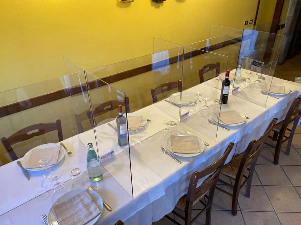 plexiglass restaurant divider
